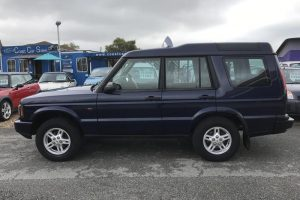 land-rover-discovery-2003-5555142-1_800X600